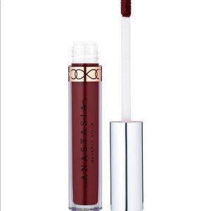 Anastasia Beverly Hills Trust issues lipstick